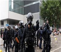 هونج كونج تعتقل مغنيا بتهمة الفساد