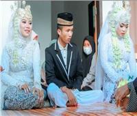 حبيبته السابقة تفاجئه في حفل زفافه فيتزوجها
