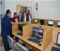 رئيس جامعة حلوان يتفقد مقر تنسيق الجامعات الأهلية لطلاب الدبلومة الأمريكية