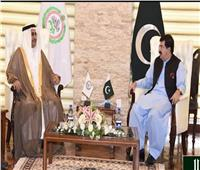 «العسومي» يلتقي رئيس مجلس الشيوخ الباكستاني