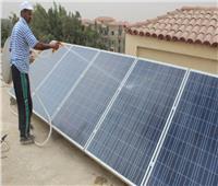 الكهرباء: 27 «محطة شمسية» أعلي أسطح المباني في 4 محافظات بالصعيد | صور