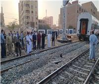 سقوط «البوجي الخلفي» للعربة السابعةمن قطار القاهرة - أسوان