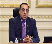 رئيس الوزراء يشهد رفع العلم المصري على الكراكة «حسين طنطاوي» بالإسماعيلية