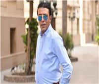 «كورونا» يضرب مصطفى كامل ونقله إلى المستشفى