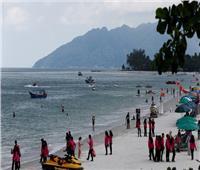 إنقاذ شاب أصر على السباحة من ماليزيا للسعودية