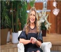 ليلى علوي تكشف أسباب اعتزال شقيقتها التمثيل