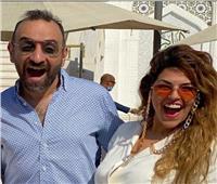عمرو سلامه في أحدث ظهور مع زوجته: «الجواز طلع لذيذ»