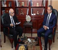 العناني: الرئيس السيسي يرعى ويتابع بشكل متواصل كافة مشروعات الآثار والسياحة