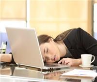 8 أسباب تجعلك تشعر بالتعب نهاراً رغم النوم جيدا ليلاً