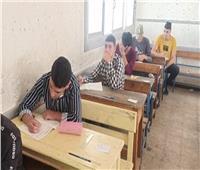 52012 طالبا وطالبة بالدبلومات الفنية يؤدون الامتحان في سابع أيام امتحانات الدور الثاني