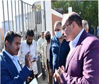 محافظ أسوان يوجة بالإسراع إنهاء مشروع الصرف الصحى بقرية المحاميد