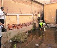صيانة الصرف الصحي وشفط المياه بمدرسة الشهيد محمد طلعت بالحوامدية  صور