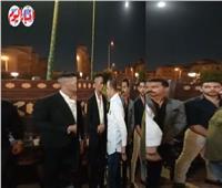 محمد رمضان يتلقى عزاء والدة زوجته بمسجد الشرطة بـ 6 أكتوبر| فيديو
