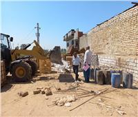 تحرير 55 محضر إشغالات وإزالة 5 مخالفات بناء بالمنيا