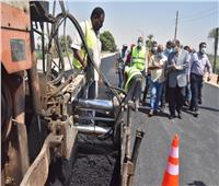 رصف طريق «أسيوط – ساحل سليم» الزراعي لتيسير الحركة المرورية