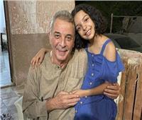 محمود حميدة يحتفل بعيد ميلاد ابنة شقيقه