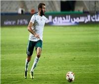 عمر كمال يعتدي على لاعب إنبى   فيديو