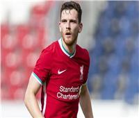ليفربول يمدد عقد لاعبه الإسكتلندي أندي روبرتسون