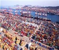 الصين تعيد فتح ثالث أكثر الموانئ ازدحامًا في العالم