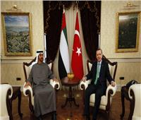 قرقاش: الاتصال الهاتفي بين بن زايد وأردوغان كان «ايجابياً ووديًا للغاية»