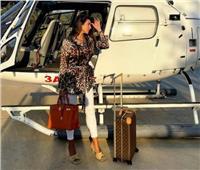 ياسمين صبري تشارك جمهورها صورة مع طائرة هليكوبتر