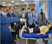 لجنة المجلس الأعلى للجامعات تتفقد تجهيزات كلية طب بدمياط
