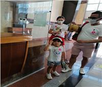 بالورود.. «تنشيط السياحة» تستقبل سياحا في ميناء إسكندرية
