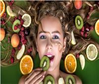 10 أطعمة تقدم لكِ نتائج مبهرة لشعر صحي