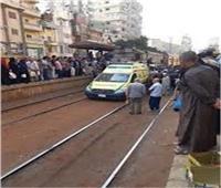 إصابة شاب سقط من قطار الإسكندرية أثناء سيرة أمام محطة أبو حمص