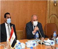 محافظ قنا يعقد اجتماعا موسعا لمتابعة سير العمل بمدينة الأمل الجديدة