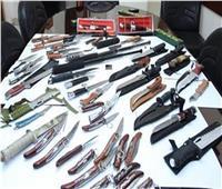 ضبط أدمن «جروب» بيع السلاح الأبيض على «واتس آب»