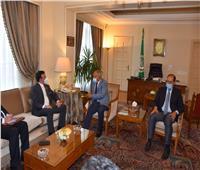 «أبو الغيط» يشيد بمبادرات الجزائر في الملفات الإقليمية والدولية