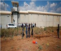 الشرطة الإسرائيلية: لم نحقق أي تقدم ملحوظ في مطاردة الاسرى الفلسطينيين