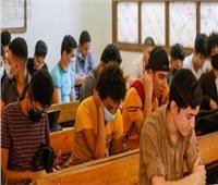 10 آلاف طالب ثانوى يواصلون امتحانات الدور الثاني بالمنيا