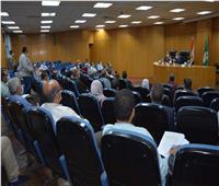 محافظ المنيا: جاري تنفيذ 434 مشروعا في قطاعي التعليم ومياه الشرب