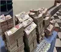 القبض على عاطل حقق ثروة طائلة من تجارة العُملة بتعاملات 9 ملايين جنيه
