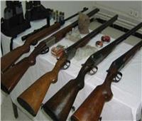 الداخلية تضبط 15 بندقية خرطوش داخل منزل عامل بمطروح