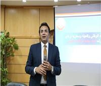 «مرصد الأزهر» يستقبل عددًا من طلاب جامعة حلوان.. بهدف تحصينهم ضد الأفكار المتطرفة