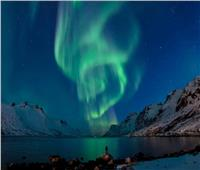 شاهد أضواء ملونة وفجوات مؤقتة في المجال المغناطيسي للأرض بسبب الاعتدال الخريفي