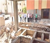 محافظ أسيوط يتابع إنشاء مجمع الخدمات الحكومية بقرية الشامية