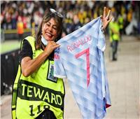 قميص رونالدو مع مانشستر يونايتد الأكثر مبيعًا في التاريخ