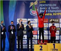 وزير الرياضة يشهد منافسات بطولة العالم للخماسي الحديث للشباب