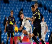 نيوكاسل يواجه ليدز يونايتد في الدوري الإنجليزي