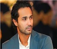 أحمد العوضي يدعو لـ«كريم فهمي»: ربنا يشفيك وتقوم بالسلامة