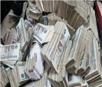 عصابة عائلية تجمع مدخرات العاملين في الخارج بتعاملات 7.6 مليون جنيه