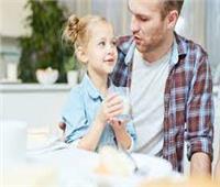 أخصائية نفسية تحذر الآباء من الكذب على أطفالهم | فيديو