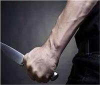 قاتل زوجته طعنا بالجيزة يمثل الجريمة