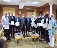 مشاركة 10 إداريين بجامعة بني سويف في برنامج التدريب على مكافحة الفساد