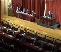 شاهد  النواب اللبنانيون يهربون من الحر..وصهريج من المازوت ينقذ الموقف