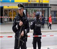 مسلح يحتجز 3 رهائن في حافلة ركاب بألمانيا
